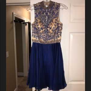 Beautiful short formal great for homecoming!